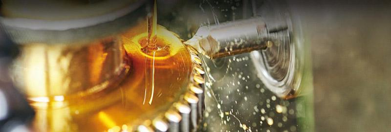 comparatif-huile-synthetique-et-minerale